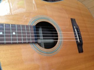 アコースティックギター